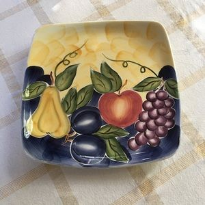 BEAUTIFULLY HAND PAINTED PLATE